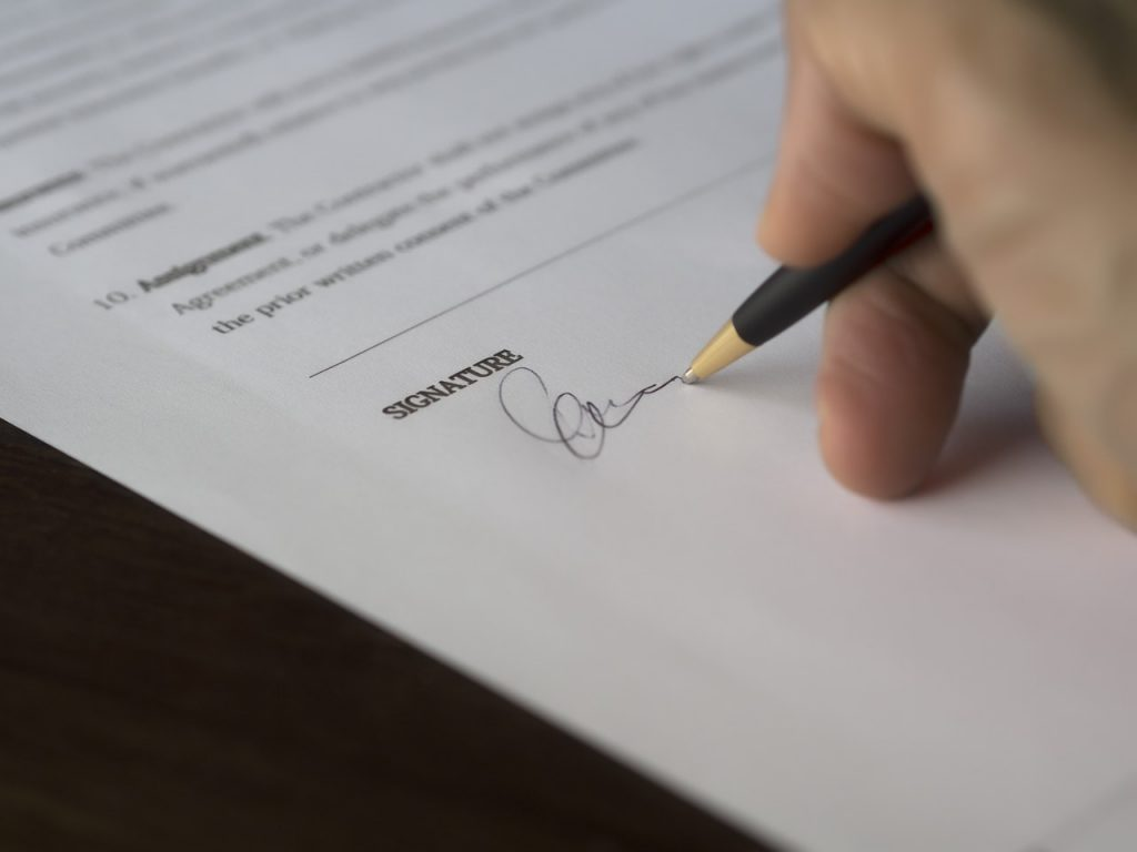 signing for a mortgage